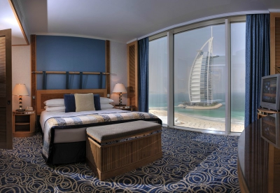 Jumeirah Beach Hotel-Ocean Suite Main Bedroom