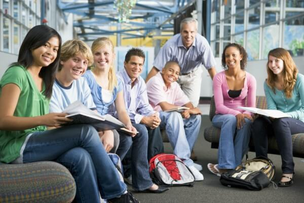 college teaching jobs in UAE