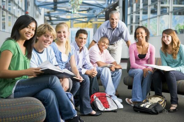 college teaching jobs in UAE